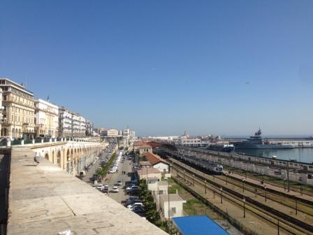 Vue sur le port d'Alger
